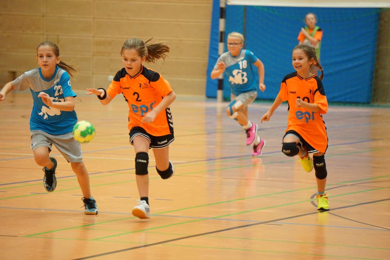 Nervenzerreisender Handballkrimi in der Sporthalle 1 in Blankenloch