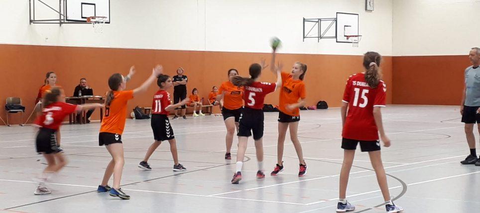 Schwerer Stand gegen Durlach: Weibliche D-Jugend : SG – Durlach 13:22 (4:13)